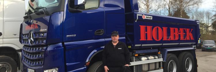 Ny lastebil og ny sjåfør